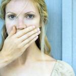 Белые выделения с кислым запахом – молочница или что-то еще?